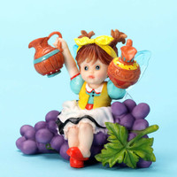 Enesco MLKFR Fairie with Grapes NIB 4032696