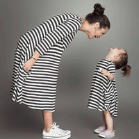 100% Brand New Mother Daughter Dresses Black and White Striped Matching Mommy And Me Clothes Baby Girl Long Sleeved Dress