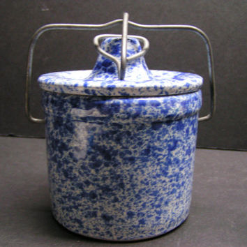 Charming Vintage Blue & Whited Speckled Crock/Ceramic Jar - Country, Shabby Chic Farmhouse Must Have Accent!