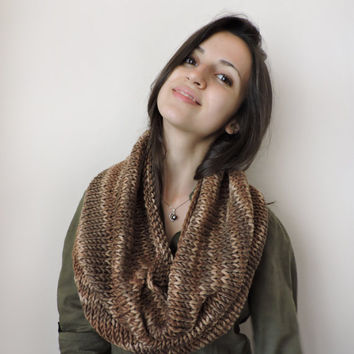 FREE SHIPPING Knit wool infinity scarf Circle brown and beige scarf Bulky and soft Multicolor Eternity brown scarf Loop scarf Hood scarf