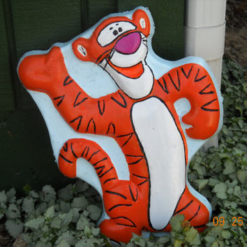Tigger the tiger lawn art garden gifts stepping stone