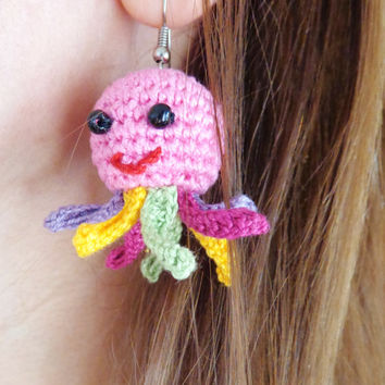 Squidgy Earring Octopus with colorful tentacles Of Mice & Men - Crocheted Soft Earrings