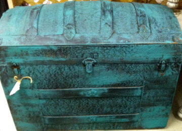 Beautiful old metal trunk.  Painted in Annie Sloan Paint