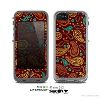 The Brown & Gold Paisley Pattern Skin for the Apple iPhone 5c LifeProof Case