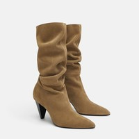 HEELED SPLIT LEATHER BOOTS