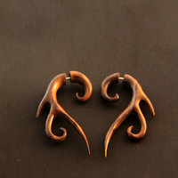 3 Tails Tribal Earrings, Fake Wooden Gauges Earrings, 4g Piercing Ilussion Gauged Ear