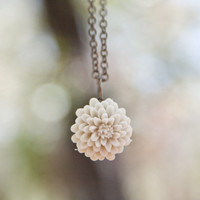 Cream-Ivory Chrysanthemum Flower Antique Brass Necklace - Champagne