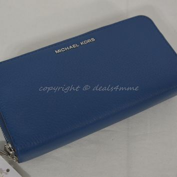 NWT Michael Kors Adele Large Signature Leather Wallet in Steel Blue