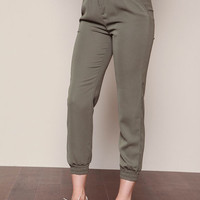 OLIVE WOVEN MID RISE TROUSER