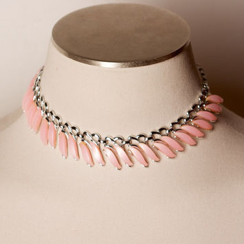 Vintage Claudette Pink Thermoset Lucite Necklace