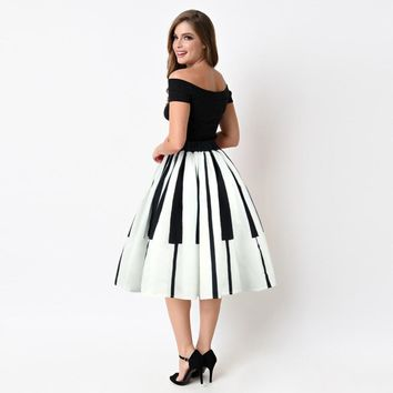 """Grace"" Women's Rockabilly 1950's Vintage Inspired Black & White Piano Key Print Circle Skirt"