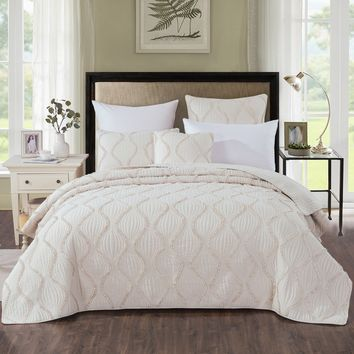 DaDa Bedding Bohemian Hourglass Coverlet Bedspread Set, Elegant Ivory White Ruffles (JHW873)