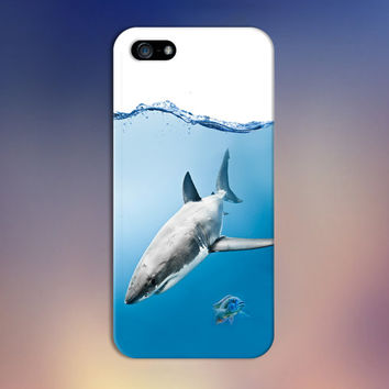 Underwater Great White Shark x Fish Design Case for iPhone 6 6 Plus iPhone 5 5s 5c iPhone 4 4s Samsung Galaxy s5 s4 & s3 and Note 4 3 2