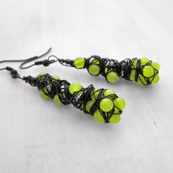 HazPunk Earrings Slime Green Earrings Alien Spore Earrings Insect Egg Earrings Neon Green Earrings Acid Green Earring Cosplay Cyberpunk LARP