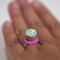 Kawaii Miniature Food Rings - Mini Cupcake on Pink Polka Dots Plate