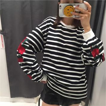 Winter Fashion Vintage Roses Embroidery Women Hoodies Korean Preppy Style Striped Sweatshirt Long Sleeve O-neck Hoody 63013