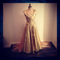 Cinderella golden gown, Into the woods 2014 film
