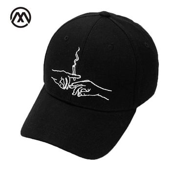Trendy Winter Jacket New Brand Smoke Baseball Cap Dad Hat For Men Women Embroidery Hands Smoke Pattern Trucker Cap  Bone Golf Baseball Hat AT_92_12