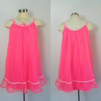 Baby Doll Lingerie Nightgown / 1960s Mid Century Hot Pink Sexy Nightie / Vintage Honeymoon