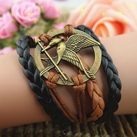Popular Fashion Tan Love The Blade Of A Pair Of Lovebirds Hand Knitting Leather Cord Multi-layer Leather Bracelet