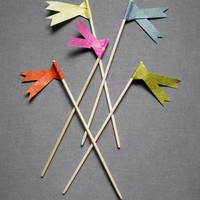 Ribbon-Tailed Pennants in  the SHOP Decor Tabletop at BHLDN
