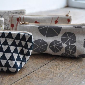 OBLONG POUCH by bookhouathome on Etsy