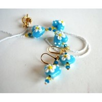 Blue Heart White Daisy Lampwork Beaded Necklace and Earring Set - Blue Morning Expressions
