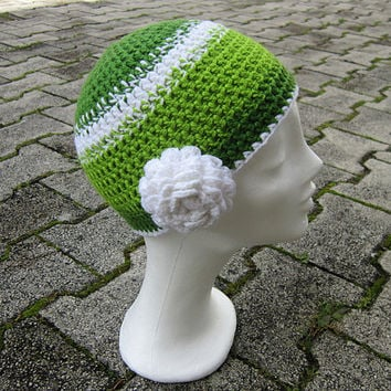 Hat with flower, green women hat, Interchangeable flowers, chunky hat, green hat crochet,white flower beanie,women hat crochet,stripe beanie