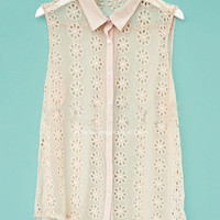 Pink Sleeveless Flower Hollow Out Tunic Blouse - Sheinside.com