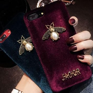 ac NOVQ2A Dior Pearl Bee individual Bee iPhone7plus mobile phone shell European and American iPhone6s popular logo atmosphere X luxury red plush cover