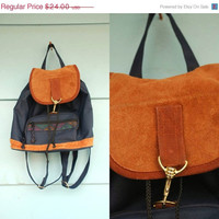1990s navy and suede triangle drawstring by MediaVueltaVintage