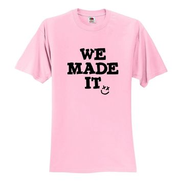 "Louis Tomlinson ""We Made It / Smile Logo"" T-Shirt"