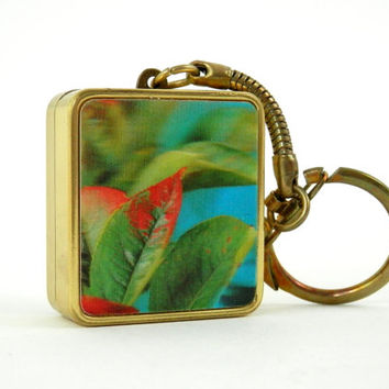 Musical Keychain with 3D Leaves Love Story Wind Up Music Box