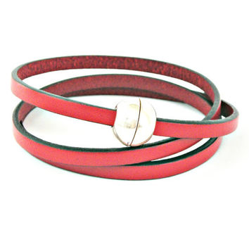 Red triple wrapped leather bracelet with sphere magnetic clasp