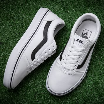 Vans/ White leather casual shoes