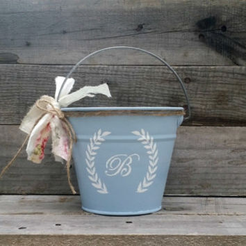 Rustic Flower Girl Pail, Personalized Flower Girl Pail, Rustic Wedding Decor, Flower Girl Basket, Shabby Chic Wedding, Wedding Centerpiece