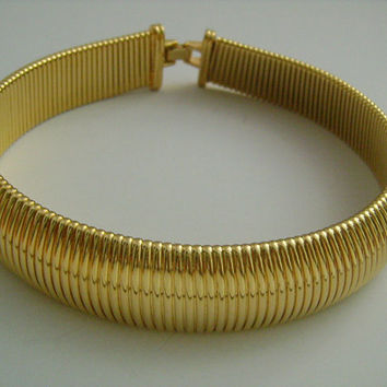"Fabulous MONET Bright & Shine Gold Tone Omega Chain Wide Bold Cleopatra Style Collar Necklace 17""Long 145.1 Gram Fashionable Statement Piece"