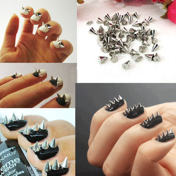 200pcs silver Nail Spike Stud Punk  Cone Spike Stud  Nail Art Deco Decoration Silver