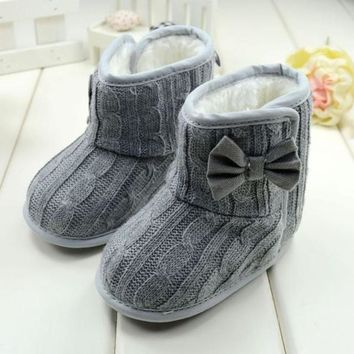 Baby Girl's Fall/Winter Gray Boots w/Bow