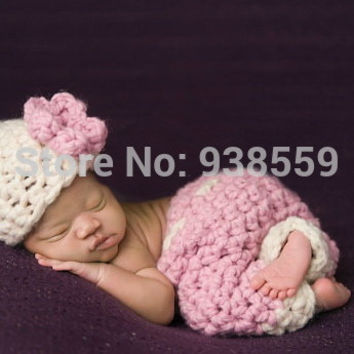 Baby girl's Crochet flower Hat with matching pink Pants baby set