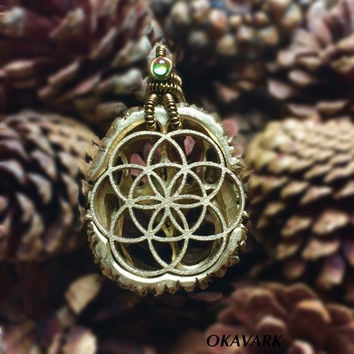 Flower of life pendant / seed of life jewelry / gold pendant / wooden jewelry / wood pendant / wire wrap pendant / glass pendant