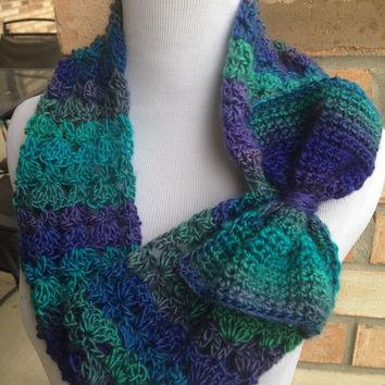 Free US shipping - Gorgeous crochet multi-hued cowl w bow, Chunky Neck Warmer, Cowl, Crocheted, Lacey Scarf, Womens Accessory, Gift Idea