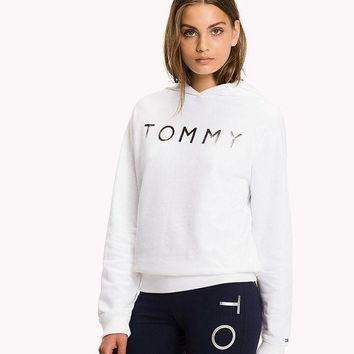 ONETOW Tommy Hilfiger Silver Logo Women Fashion Pullover Hoodie