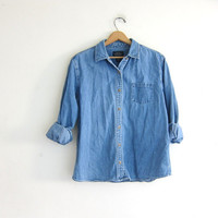 vintage light wash jean shirt. denim pocket shirt. button down shirt. denim pocket shirt.