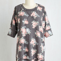Best of Botanical Floral Top in Charcoal | Mod Retro Vintage Short Sleeve Shirts | ModCloth.com