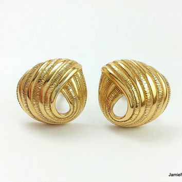 Vintage Trifari Earrings, Gold Swirl Clip On Earrings, Open Spiral Designer Earrings, Textured Gold Plated Clip Earrings, Signed Trifari TM
