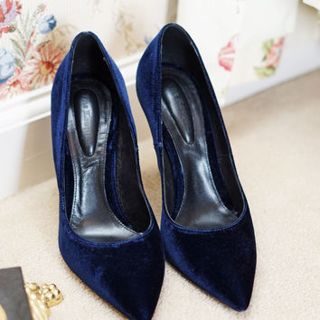 THE KOOPLES | Navy Velvet Pumps