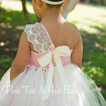 Ivory Flower girl dress- Lace pink flower girl dress-Vintage inspired flower girl dress- Pink and Ivory Couture Flower Girl Dress