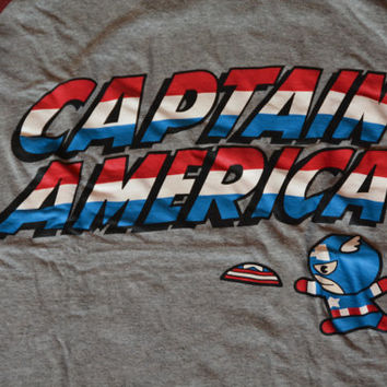 Retro Captain America Gray and Burgundy Ringer Tee - Vintage Marvel Size L Large T-shirt