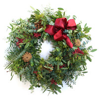 "20"" Eucalyptus & Berry Wreath"